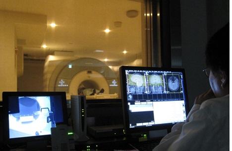 3T-fMRI用EMR