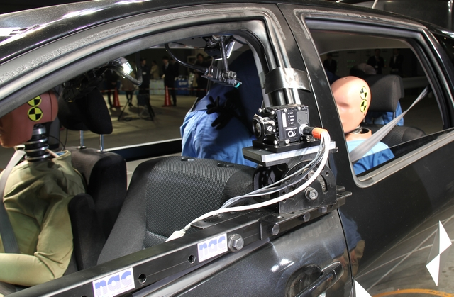 ハイスピードカメラ MEMRECAM Q1v 車載撮影